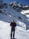 V Kozie dolince při výstupu na Zadni Granat (2240mnm). V zádech Zawratowa Turnia (2247mnm)